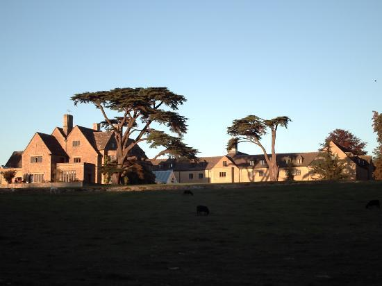 Stanton House Hotel: View of the rear of the hotel ... different angle