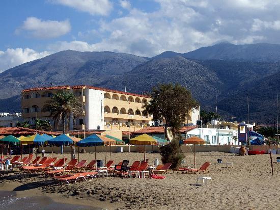 Phaedra Beach Hotel: hotel from beach