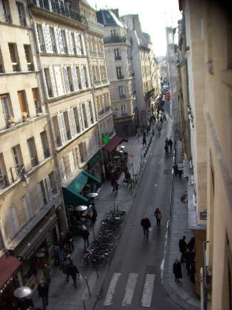 Bar Hotel Central Marais: View from our room