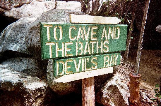The Baths : Sign showing you which way to get to Devil's Beach