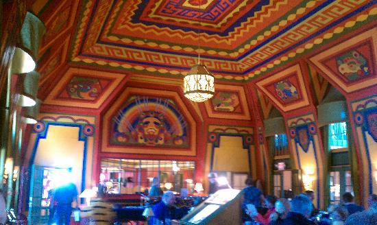 Grand Marais, MN: great hall dining area