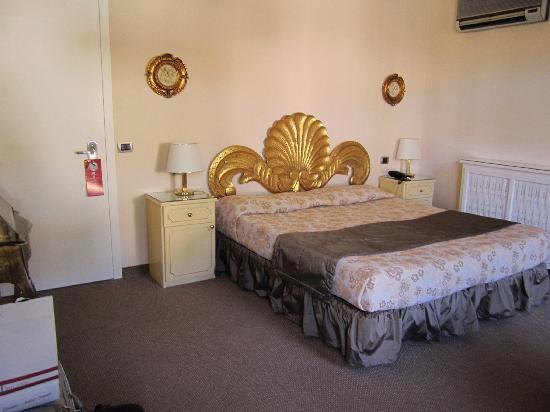Hotel Tigullio et de Milan : Large deluxe room