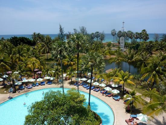 Hilton Phuket Arcadia Resort & Spa: view from balcony