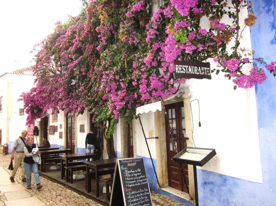 Casa do Relogio: Restaurant row