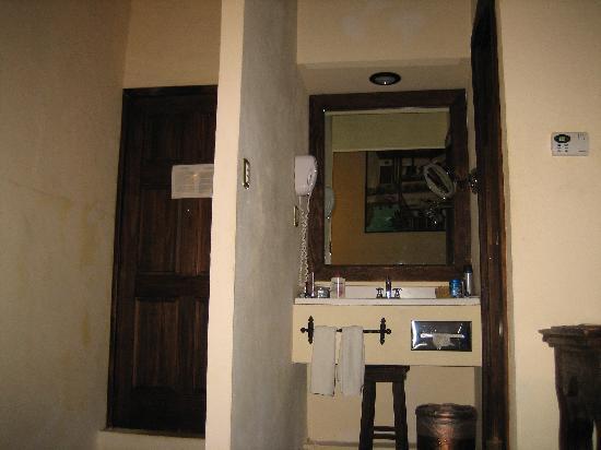 Hotel Mansion Iturbe: el lavabo