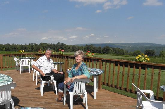 Castel Grisch: Dining overlooking the lake