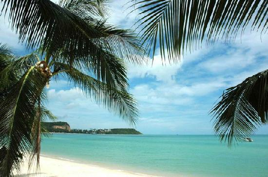 Secret Garden Beach Resort: Big Buddha Beach