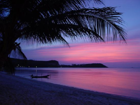 Secret Garden Beach Resort: Secret Garden sunset