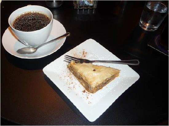 Dorio Cafe & Taverna: Baklava and Coffee