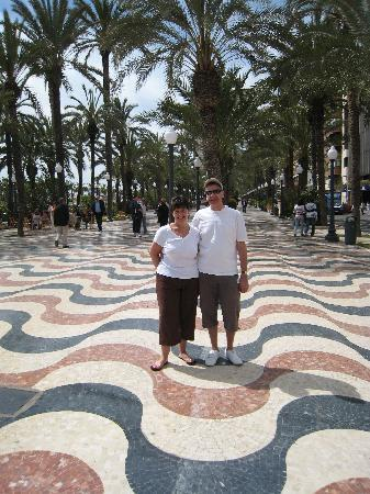 Аликанте, Испания: Shaz and me in Alicante