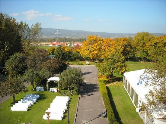 Hotel AGATKA Bratislava: Giardino pronto per la Festa