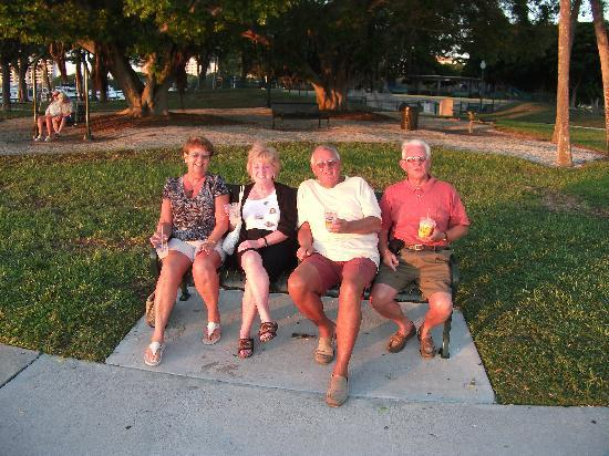 Coquina On The Beach: Relaxing with friends