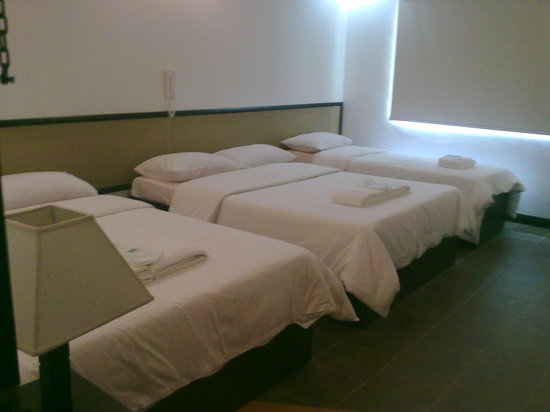 Tagaytay Haven Hotel: tagaytay haven MENDEZ - family room