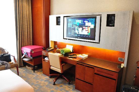 San Want Residences: Flat screen TV