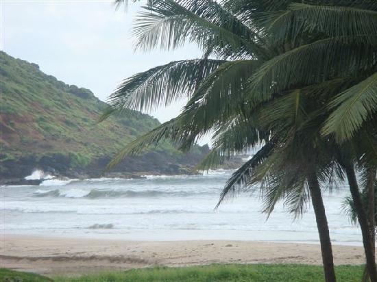 Krishnali Beach Resort : High tides