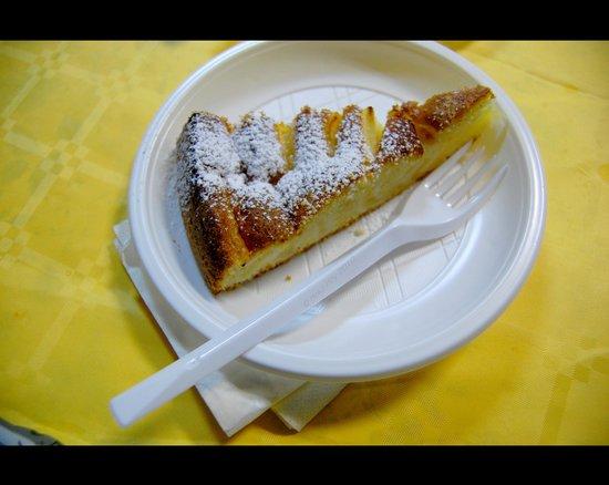 Rifugio a Castelluccio di Norcia: Torta di mele