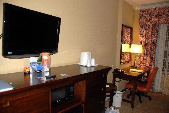 Holiday Inn Express Savannah-Historic District: 8