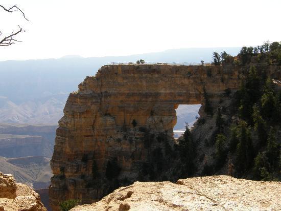 Grand Canyon North Rim: Angels Window