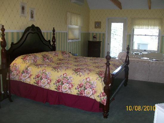 Afton House Inn : Roomy # 7