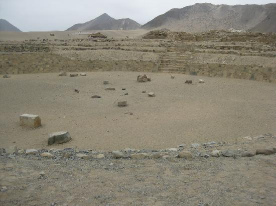 Caral: Amphitehater Temple