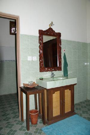 Tanto Villa Guesthouse: salle de bain