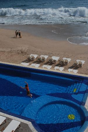 Playa Maria Beach Club: pool