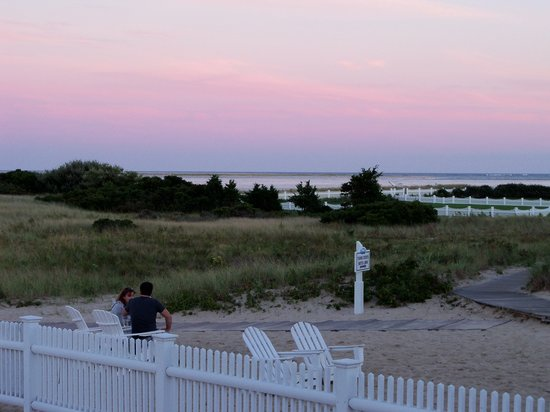 Chatham Bars Inn Resort - Dining: the view