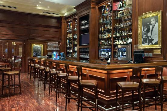 Shula's Steak House - Naples: Shula's Steak House Naples Lounge