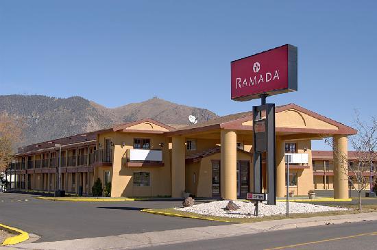 Ramada Flagstaff East : Hotel Exterior