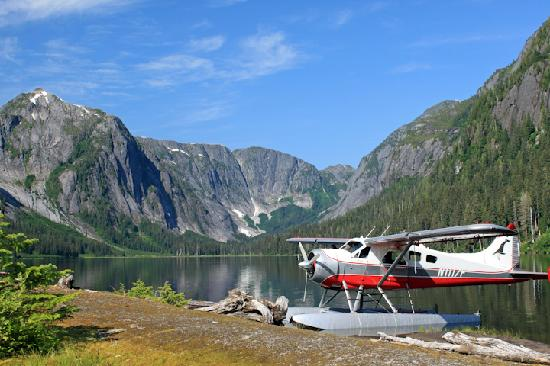 Island Wings Air Service: Island stopover in the Misty Fjords-July 2010