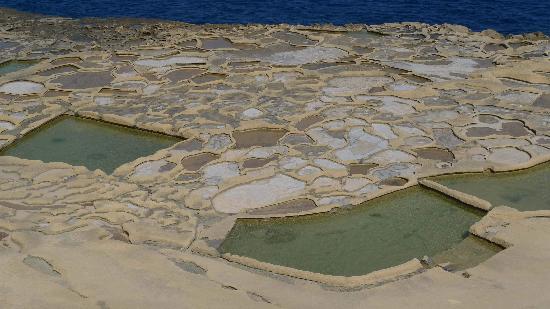 Maria Giovanna Guest House: Salzpfannen in Marsalforn