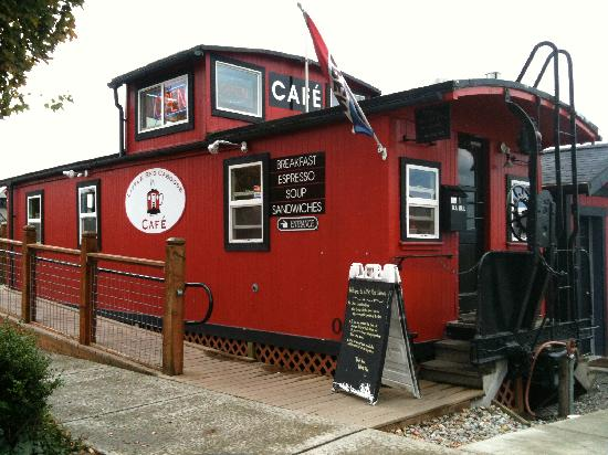 Little Red Caboose Cafe : Cute and SO much more!