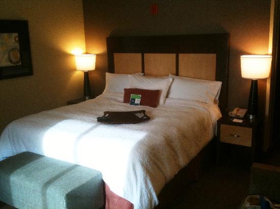 Hampton Inn & Suites Spokane Valley : Upscale interior, Hampton Spokane Valley