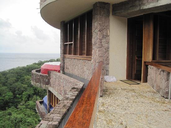 Jade Mountain Resort: View of the entrance of our sanctuary