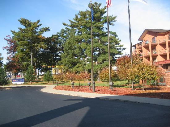 Hilton Garden Inn Wisconsin Dells: Beautiful Foliage