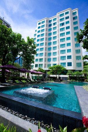 라마다 호텔 & 스위트 방콕