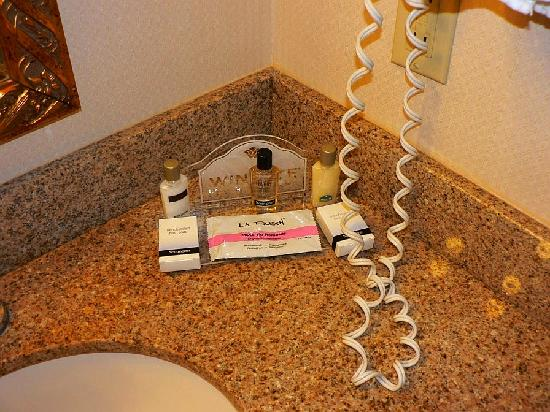 Wingate by Wyndham Chattanooga: Bathroom goodies