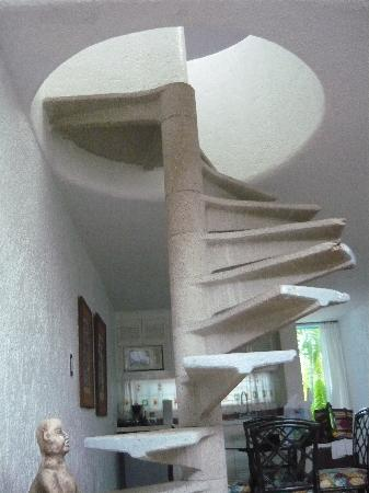 Villas Las Anclas: Spiral Stairs I referred to