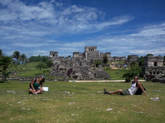 Ruinas Mayas de Tulum: A nice shot of the ruins