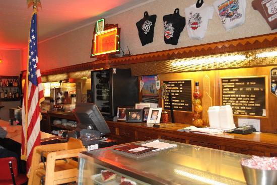 Ariston Cafe: Bancone