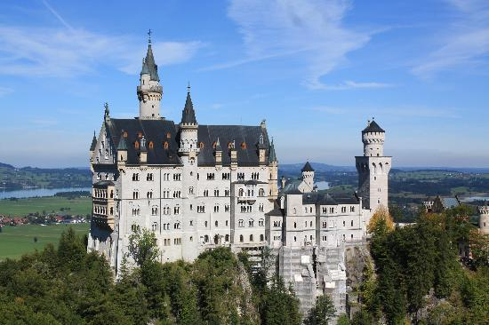 Like Us Tours: Neuschwanstein Castle
