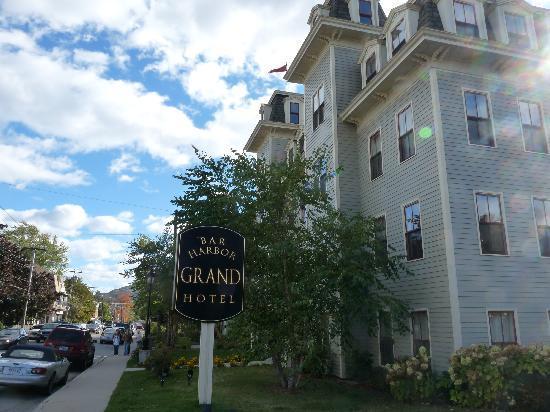 Bar Harbor Grand Hotel: Side