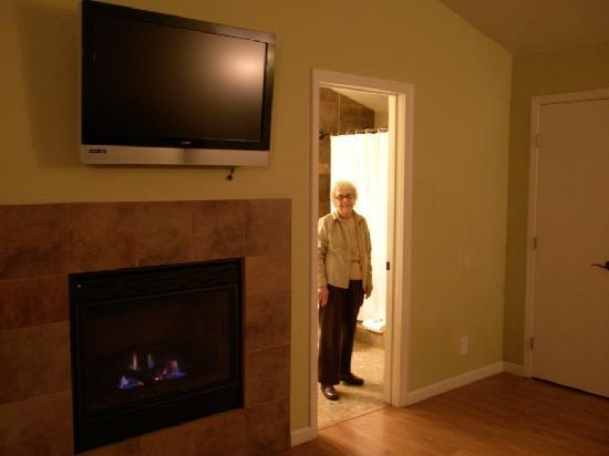 Sunset Inn: Comfy & Cozy