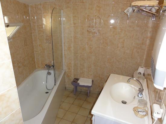 Hotel La Milady : Bathroom at La Milady