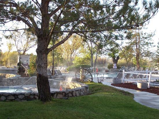 1862 David Walley's Hot Springs Resort and Spa: The hot springs and pool area