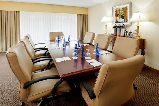 Radisson Hotel Cromwell: Governor's Boardroom - small meetings