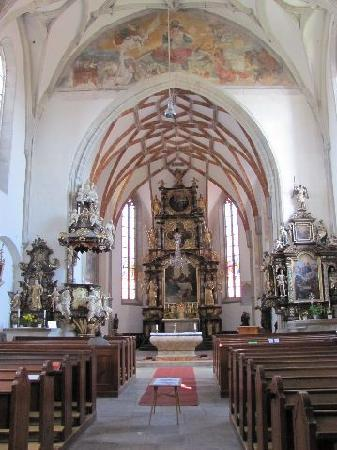Mary Magdalena church: interior