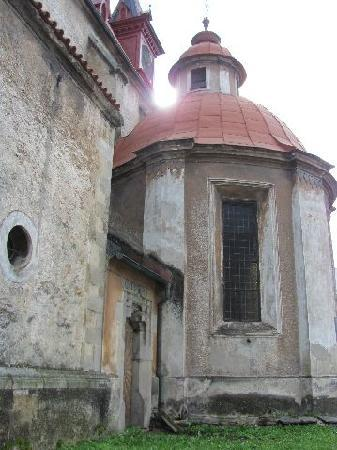 Mary Magdalena church: exterior