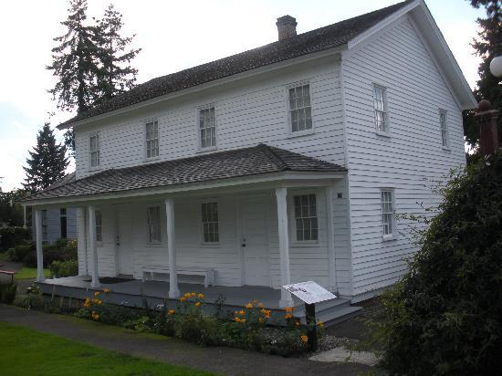 Willamette Heritage Center: parsonage