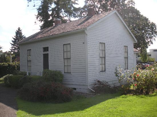 Willamette Heritage Center : Boon house